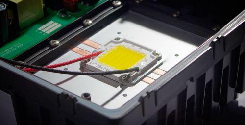 Светодиод в светодиодном прожекторе